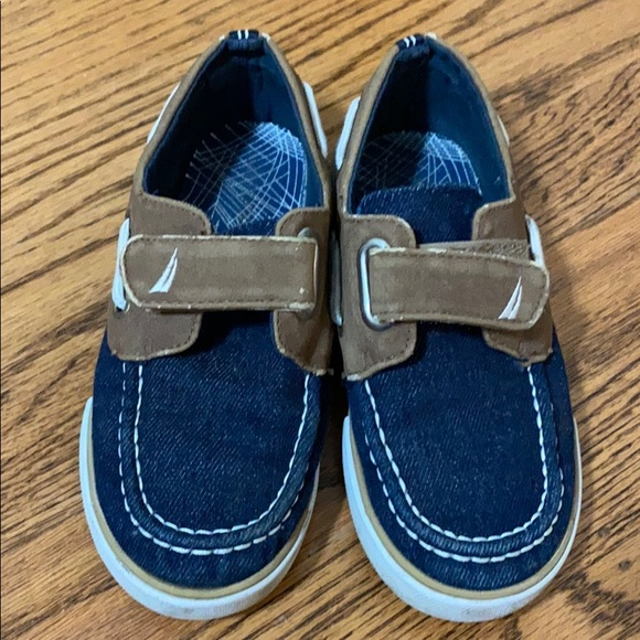 Nautica Other - Nautica boat shoes